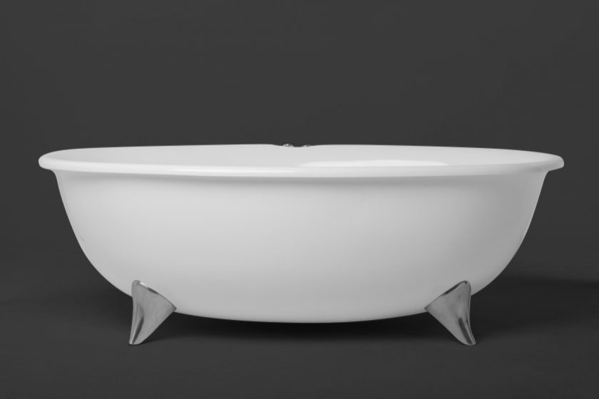 Maraschino Oval Bath