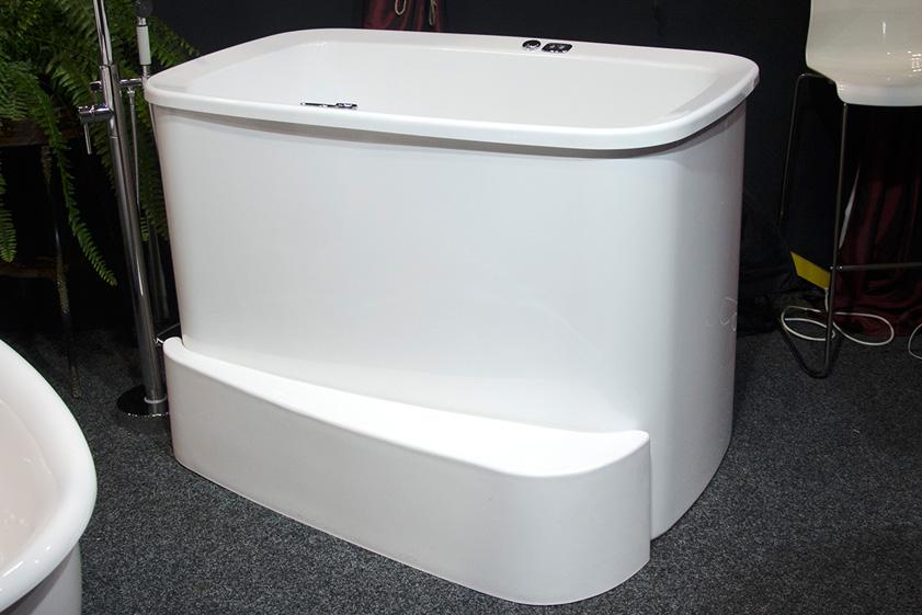 1300 bath