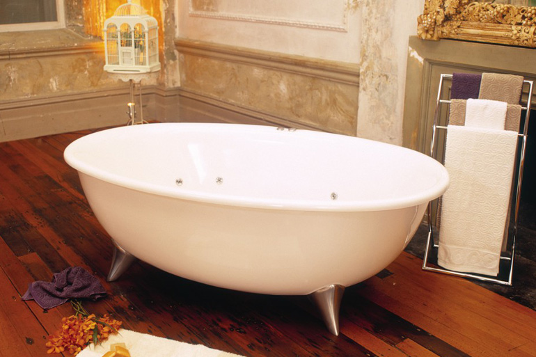 freestanding corner bath