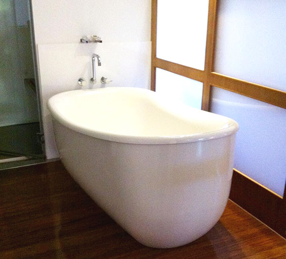 AQVA Haven Freestanding Bath - picture taken at The Byron at Byron Resort